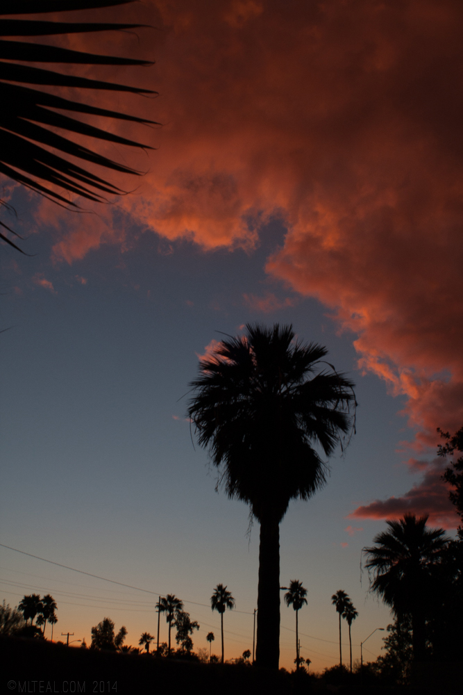 A sunset in Phoenix with some stunning red clouds