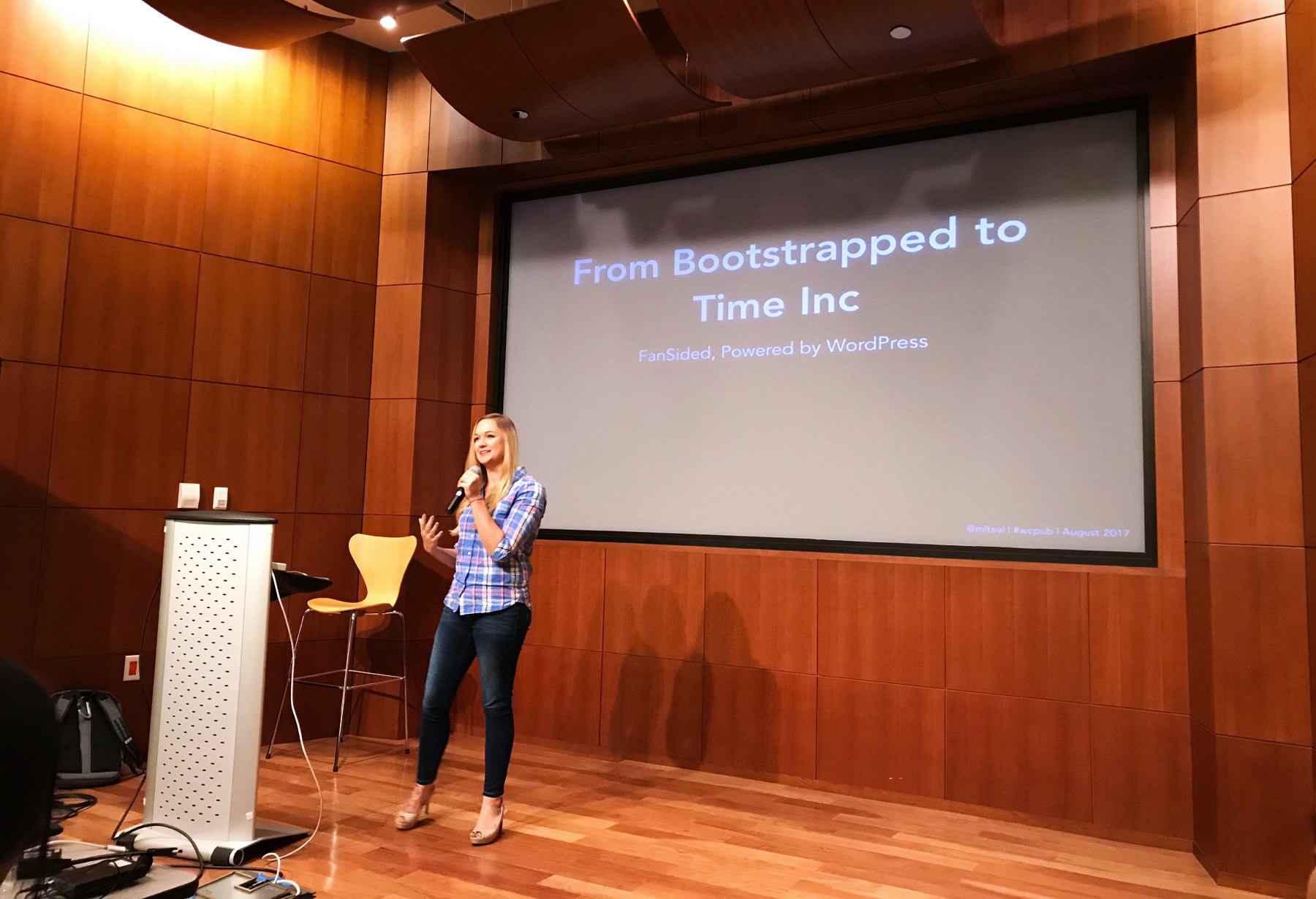 Maura Teal speaking at WordCamp for Publishers